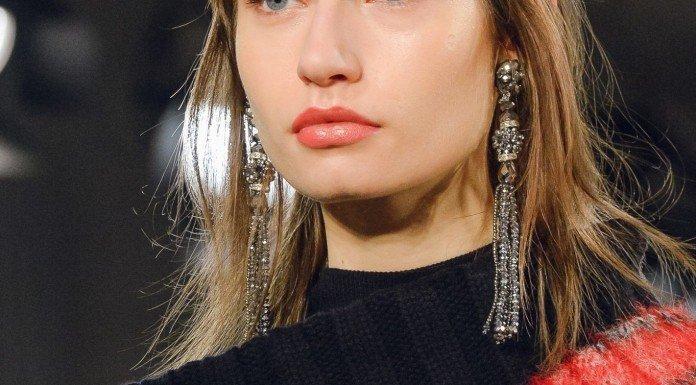 Look Laurel Lippen Augenbrauen Make-up