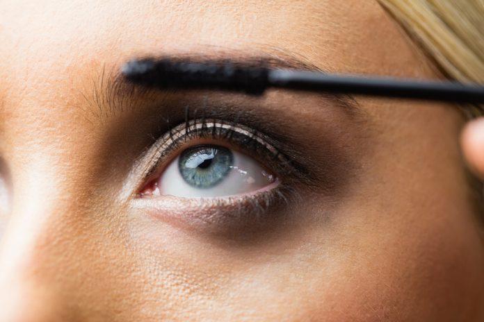 Augen Schminken Größer Wirken Wimpern Tipps