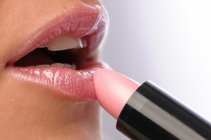 Lippen Schminken Lippenstift Auftragen