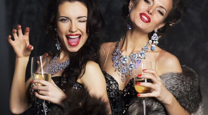 Silvesterstyling Anleitung Silvester Tipps Rote Lippen