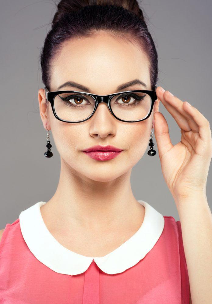 Tipps Brillen Make-Up Anleitung