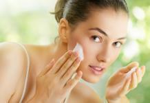 Pickel an der Stirn vermeiden mit diesen Tipps